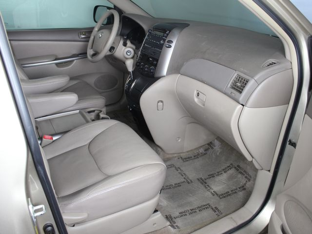 2006 Toyota Sienna LE AWD Matthews, NC 12
