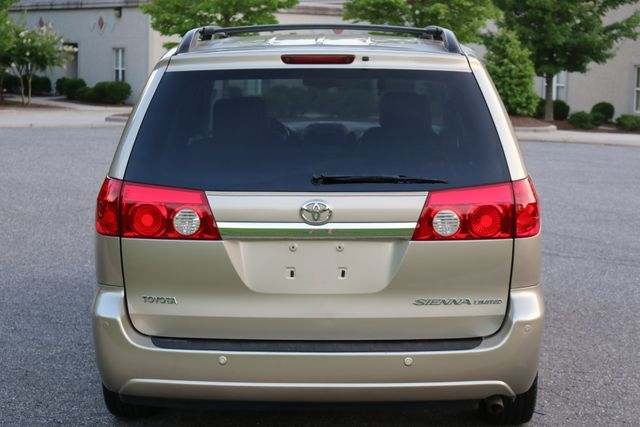2006 Toyota Sienna XLE Limited Mooresville, North Carolina 69