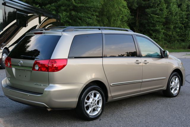 2006 Toyota Sienna XLE Limited Mooresville, North Carolina 70