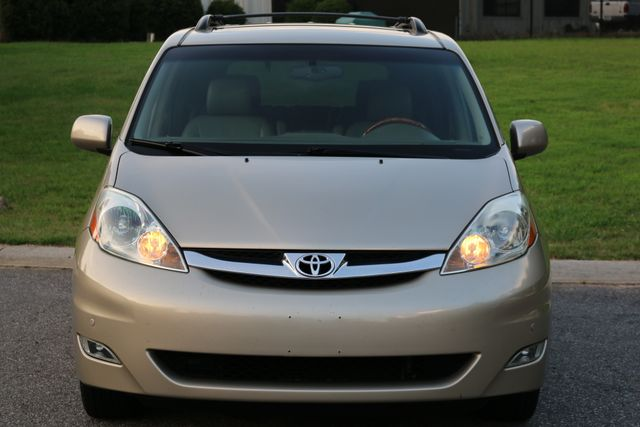 2006 Toyota Sienna XLE Limited Mooresville, North Carolina 75