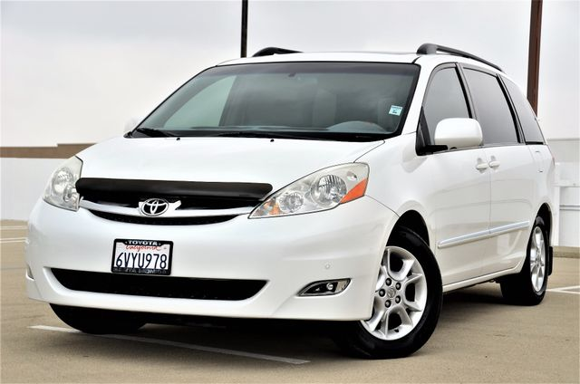 2006 Toyota Sienna XLE Limited HANDICAP MOBILITY VAN Reseda, CA 3