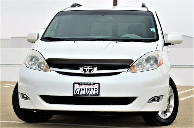 2006 Toyota Sienna XLE Limited HANDICAP MOBILITY VAN Reseda, CA 10