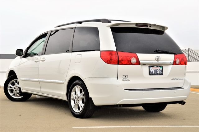 2006 Toyota Sienna XLE Limited HANDICAP MOBILITY VAN Reseda, CA 5