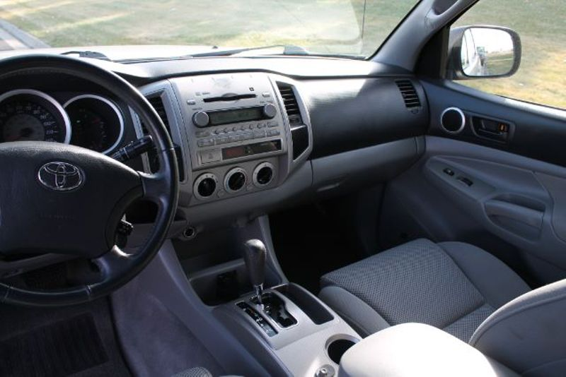 2006 Toyota Tacoma Double Cab V6 Auto 4WD  city MT  Bleskin Motor Company   in Great Falls, MT