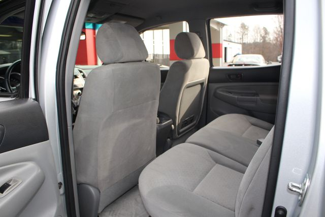 2006 Toyota Tacoma PreRunner Double Cab Long Bed SR5 RWD Mooresville , NC 33