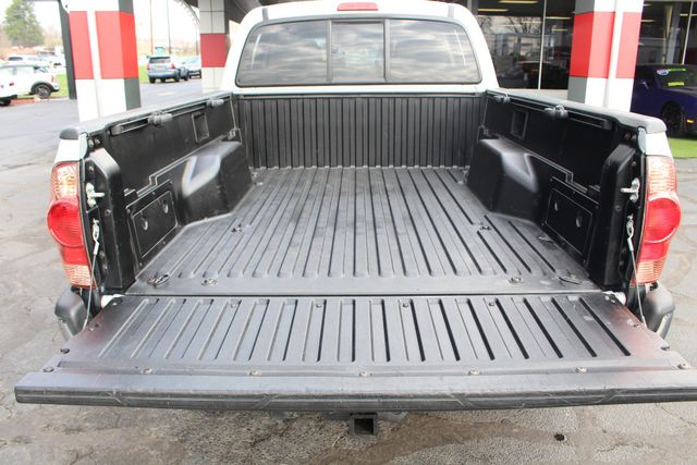 2006 Toyota Tacoma PreRunner Double Cab Long Bed SR5 RWD Mooresville , NC 16