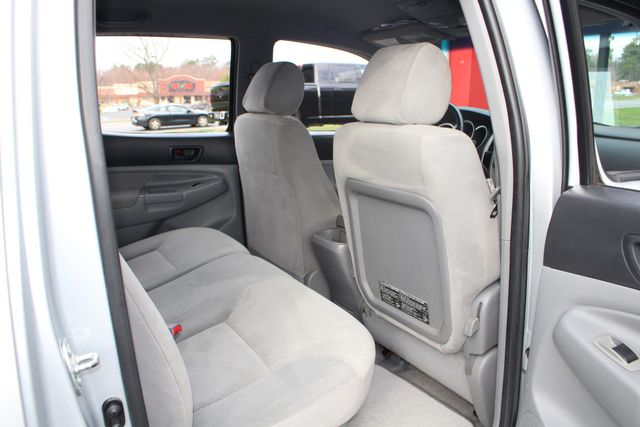 2006 Toyota Tacoma PreRunner Double Cab Long Bed SR5 RWD Mooresville , NC 34