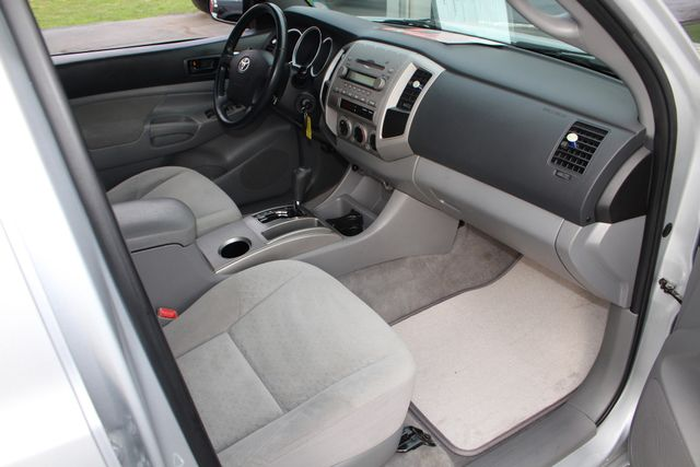 2006 Toyota Tacoma PreRunner Double Cab Long Bed SR5 RWD Mooresville , NC 29