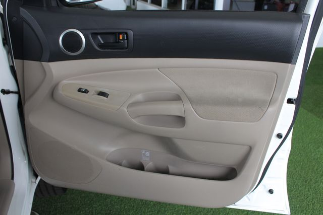 2006 Toyota Tacoma PreRunner SR5 Double Cab - TONNEAU - MICHELINS! Mooresville , NC 37