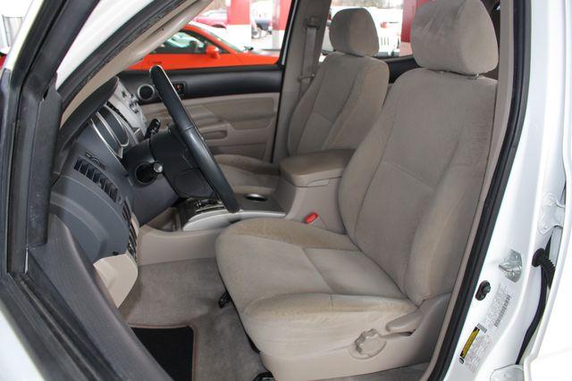 2006 Toyota Tacoma PreRunner SR5 Double Cab - TONNEAU - MICHELINS! Mooresville , NC 6