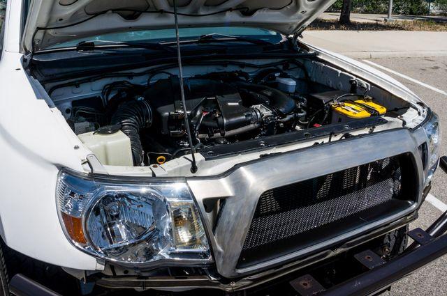2006 Toyota Tacoma PreRunner - LIFTED - 143K MILES Reseda, CA 38