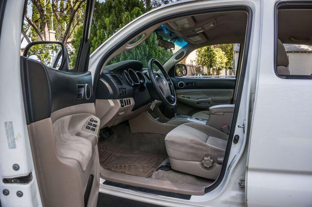 2006 Toyota Tacoma PreRunner - LIFTED - 143K MILES Reseda, CA 14