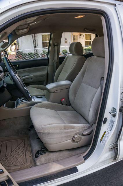 2006 Toyota Tacoma PreRunner - LIFTED - 143K MILES Reseda, CA 27