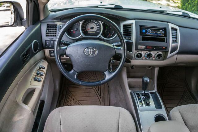 2006 Toyota Tacoma PreRunner - LIFTED - 143K MILES Reseda, CA 19