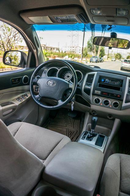2006 Toyota Tacoma PreRunner - LIFTED - 143K MILES Reseda, CA 34