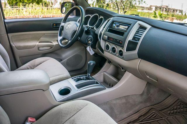 2006 Toyota Tacoma PreRunner - LIFTED - 143K MILES Reseda, CA 32
