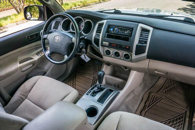 2006 Toyota Tacoma PreRunner - LIFTED - 143K MILES Reseda, CA 33
