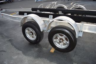 2006 Venture Boat Trailer VATB-7000 Tandem axle, Fits 24-26ft Boat East Haven, Connecticut 7