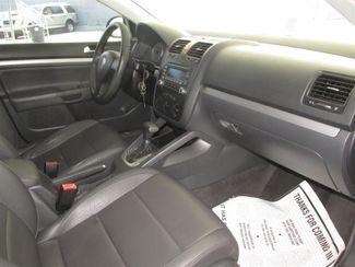 2006 Volkswagen Jetta 2.5L Gardena, California 12