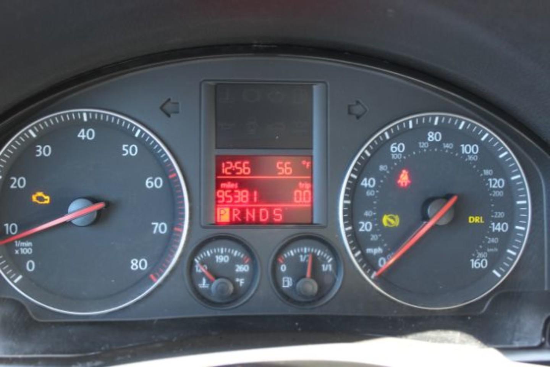 2006 volkswagen jetta value edition city mt bleskin motor for Value car motor city