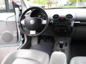 2006 Volkswagen New Beetle Milwaukee, Wisconsin 10