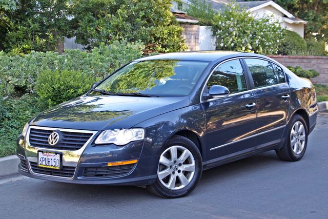 2006 Volkswagen PASSAT 2.0T AUTOMATIC LEATHER ONLY 74K MLS ALLOY WHEELS Woodland Hills, CA 1