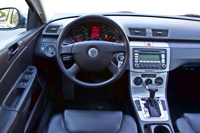 2006 Volkswagen PASSAT 2.0T AUTOMATIC LEATHER ONLY 74K MLS ALLOY WHEELS Woodland Hills, CA 20