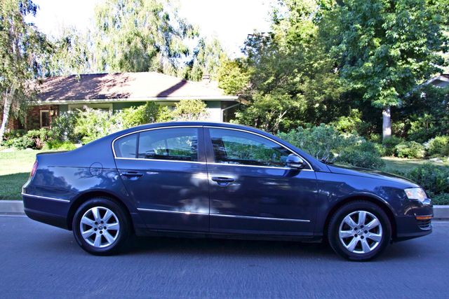 2006 Volkswagen PASSAT 2.0T AUTOMATIC LEATHER ONLY 74K MLS ALLOY WHEELS Woodland Hills, CA 7