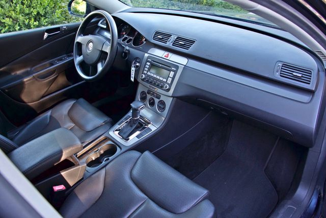 2006 Volkswagen PASSAT 2.0T AUTOMATIC LEATHER ONLY 74K MLS ALLOY WHEELS Woodland Hills, CA 22