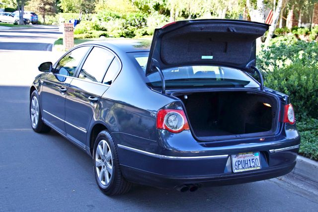 2006 Volkswagen PASSAT 2.0T AUTOMATIC LEATHER ONLY 74K MLS ALLOY WHEELS Woodland Hills, CA 11