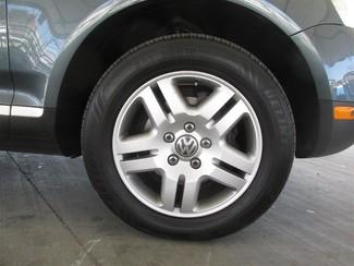 2006 Volkswagen Touareg 4.2L V8 Gardena, California 14