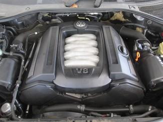 2006 Volkswagen Touareg 4.2L V8 Gardena, California 15
