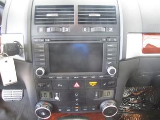 2006 Volkswagen Touareg 4.2L V8 Gardena, California 6