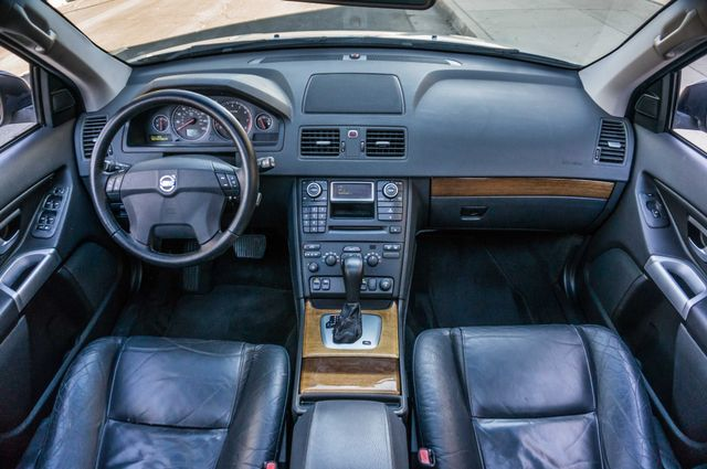 2006 Volvo XC90 2.5L Turbo Reseda, CA 16