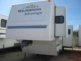 2006 Wilderness advantage 305 RLDS Odessa, Texas