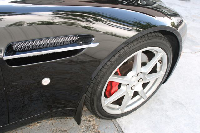 2007 Aston Martin Vantage Houston, Texas 7