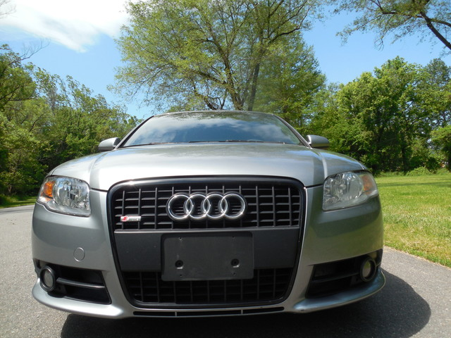 2007 Audi A4 S-Line 2.0T 6-Speed Manual Leesburg, Virginia 4