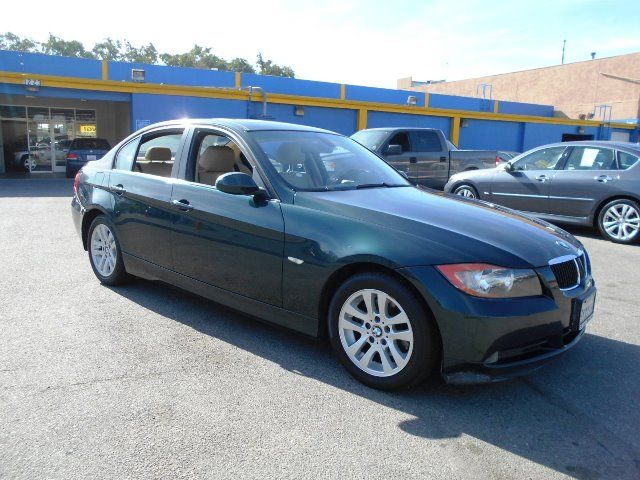 2007 BMW 328i Limited warranty included to assure your worry-free purchase AutoCheck report is av