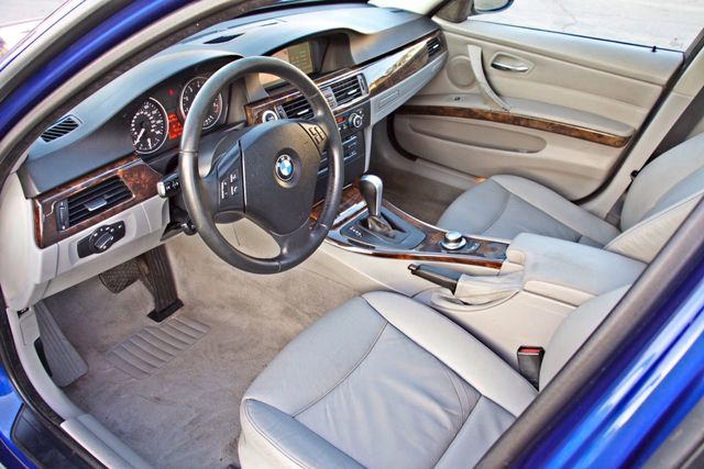 2007 BMW 328i SPORTS PKG NAVIGATION ALLOY WHLS NEW TIRES SUNROOF Woodland Hills, CA 15