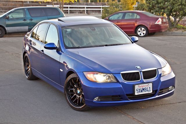 2007 BMW 328i SPORTS PKG NAVIGATION ALLOY WHLS NEW TIRES SUNROOF Woodland Hills, CA 8
