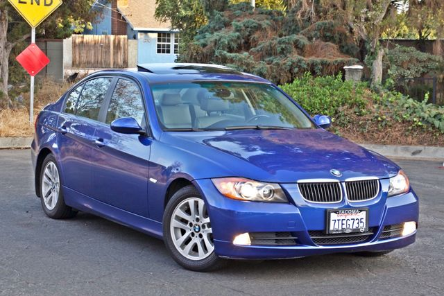 2007 BMW 328i SPORTS / PREMIUM PKG NAVIGATION XENON HEATED SEATS SERVICE RECORDS 3 SETS OF KEYS Woodland Hills, CA 28