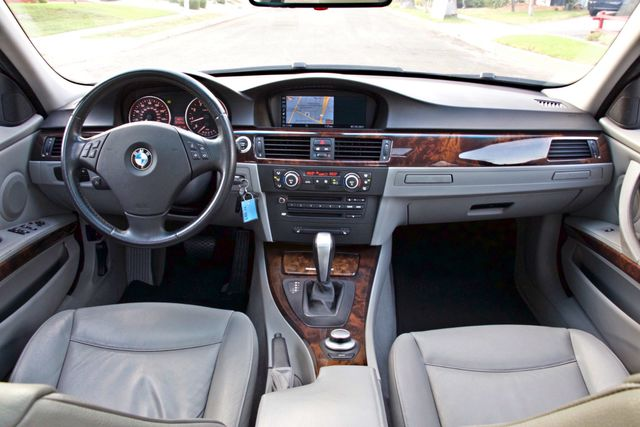 2007 BMW 328i SPORTS / PREMIUM PKG NAVIGATION XENON HEATED SEATS SERVICE RECORDS 3 SETS OF KEYS Woodland Hills, CA 18