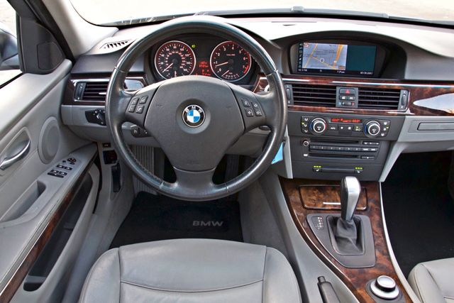 2007 BMW 328i SPORTS / PREMIUM PKG NAVIGATION XENON HEATED SEATS SERVICE RECORDS 3 SETS OF KEYS Woodland Hills, CA 21