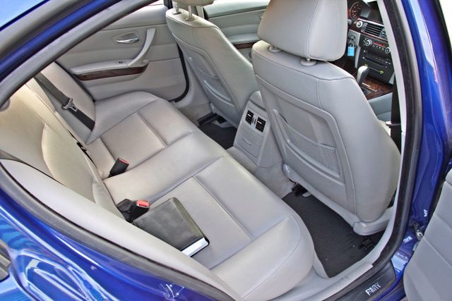 2007 BMW 328i SPORTS / PREMIUM PKG NAVIGATION XENON HEATED SEATS SERVICE RECORDS 3 SETS OF KEYS Woodland Hills, CA 26