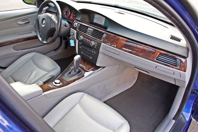 2007 BMW 328i SPORTS / PREMIUM PKG NAVIGATION XENON HEATED SEATS SERVICE RECORDS 3 SETS OF KEYS Woodland Hills, CA 25