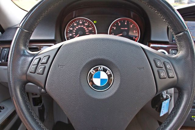 2007 BMW 328i SPORTS / PREMIUM PKG NAVIGATION XENON HEATED SEATS SERVICE RECORDS 3 SETS OF KEYS Woodland Hills, CA 15
