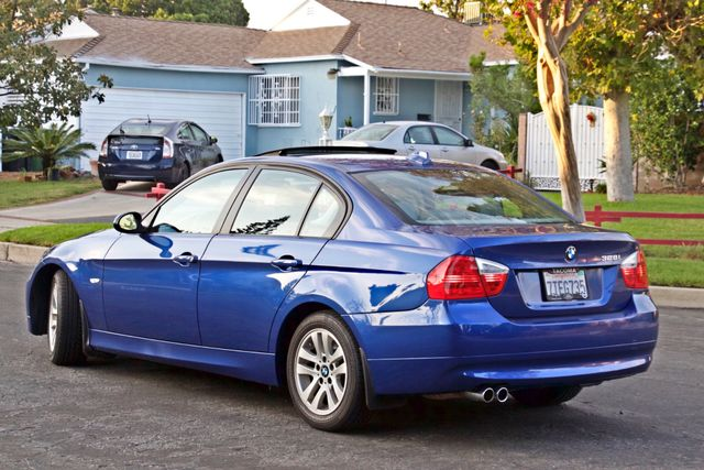 2007 BMW 328i SPORTS / PREMIUM PKG NAVIGATION XENON HEATED SEATS SERVICE RECORDS 3 SETS OF KEYS Woodland Hills, CA 4
