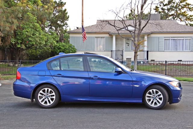 2007 BMW 328i SPORTS / PREMIUM PKG NAVIGATION XENON HEATED SEATS SERVICE RECORDS 3 SETS OF KEYS Woodland Hills, CA 7