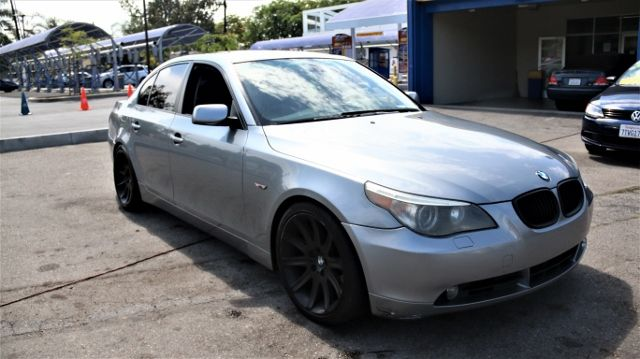 2007 BMW 530i Limited warranty included to assure your worry-free purchase AutoCheck report is av
