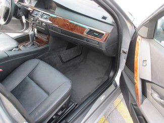 2007 BMW 530xi ALL WHEEL DRIVE Saint Ann, MO 17